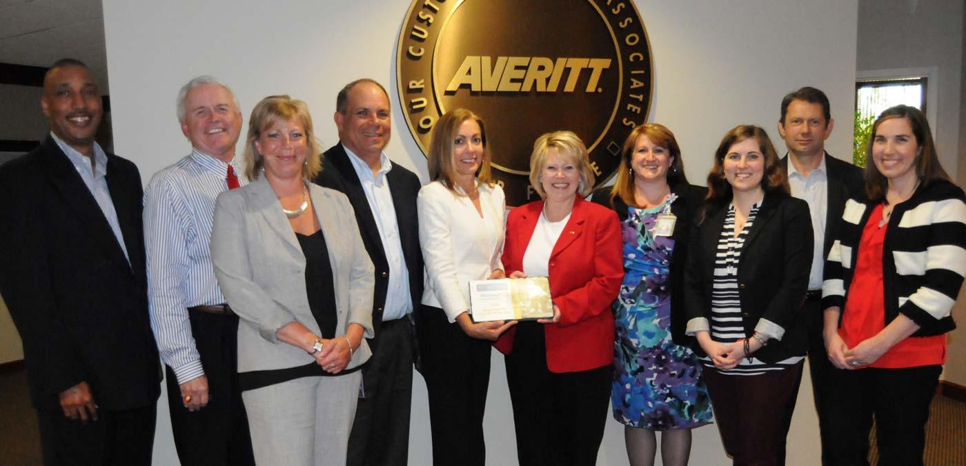 Walmart associates present Regional Carrier of the Year to Averitt